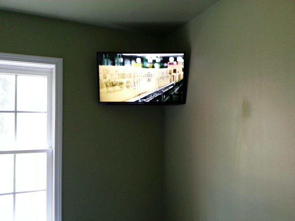 corner tv mount home